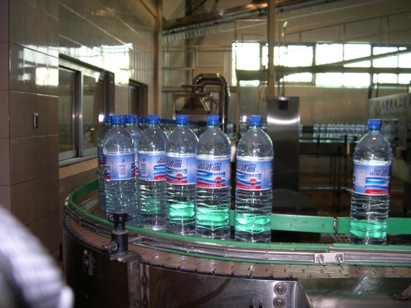 矿泉水成品输送系统